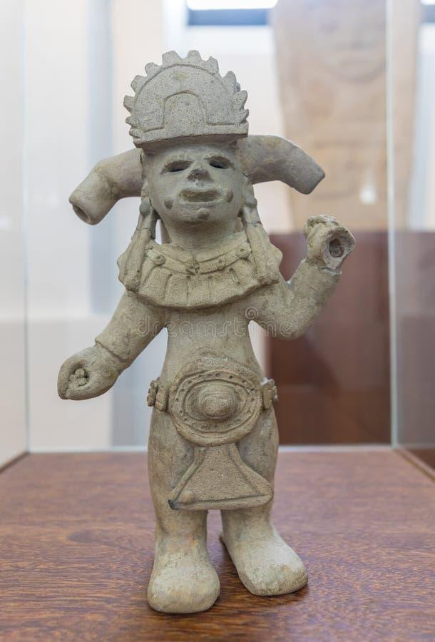 Keramiskt Bogota nationellt museum föreställa ett anthropomorphic diagram som finnas i Narino Colombia arkivbilder