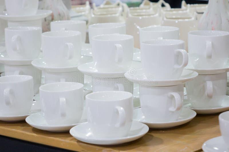 Keramiskt kaffe kuper royaltyfri bild