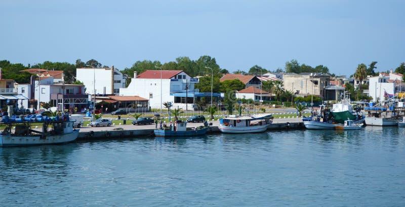 Keramoti-Hafenschiffe stockbilder