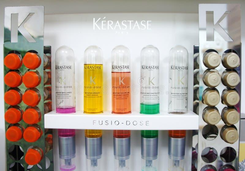 Kerastase профессионального макияжа loreal Французские роскошные косметики для тела, волос и ухода за лицом стоковое фото rf