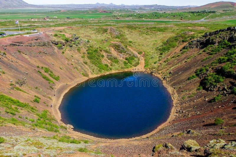 Keridkrater - Vulkanisch kratermeer in Gouden Cirkel, IJsland 11 06.2017 royalty-vrije stock foto