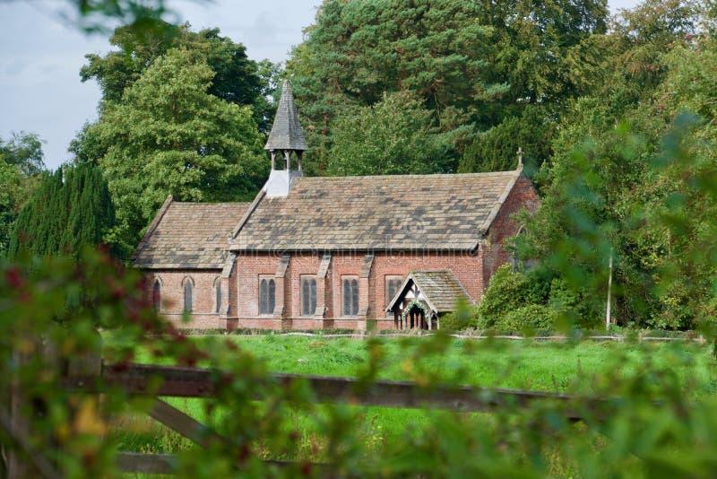 Kerk bij de molen royalty-vrije stock fotografie