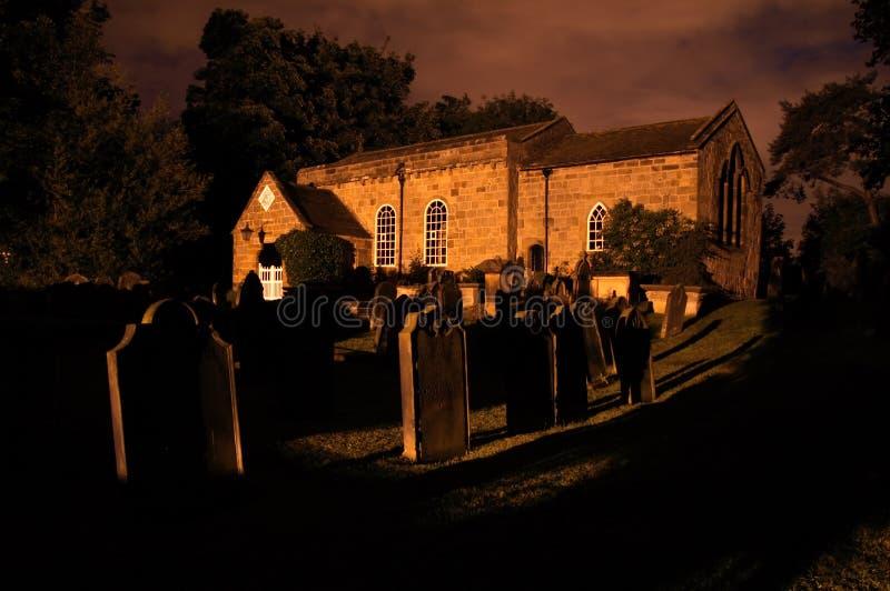 Kerk bij Nacht royalty-vrije stock afbeeldingen