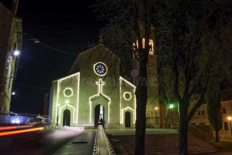 Kerk bij Nacht stock foto
