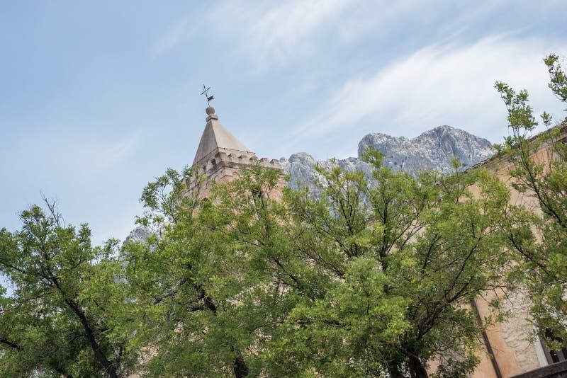 Kerk Chiesa Santa Maria Maggiore, Oliena, Piazza S Maria, op het Eiland Sardinige, Italië royalty-vrije stock fotografie