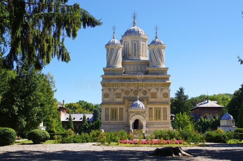 Kerk in Curtea DE Arges, Roemenië royalty-vrije stock afbeelding