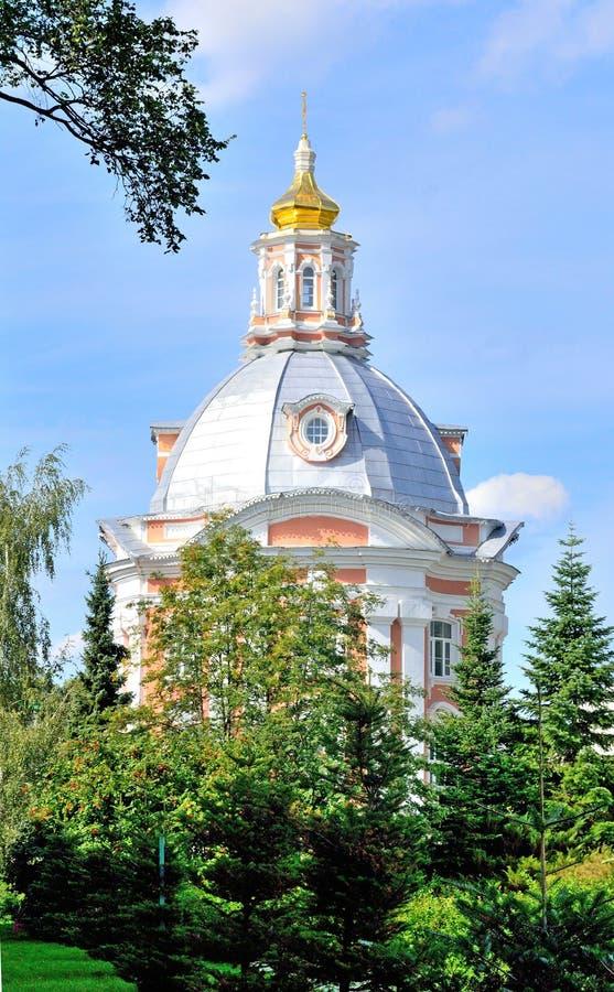 Kerk de Kerk van het Pictogram van Smolensk van de Moeder van God in t stock afbeeldingen