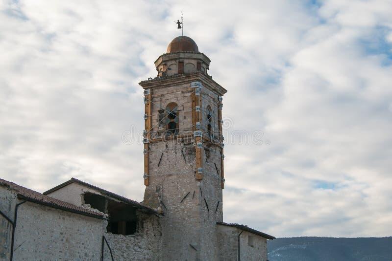 Kerk door aardbeving van Norcia wordt vernietigd die royalty-vrije stock foto's