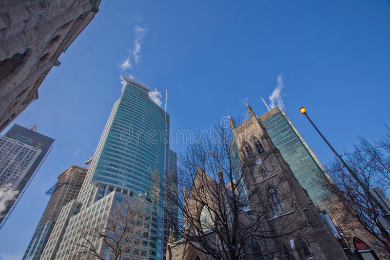 Kerk en Handel in Montreal Van de binnenstad royalty-vrije stock afbeeldingen