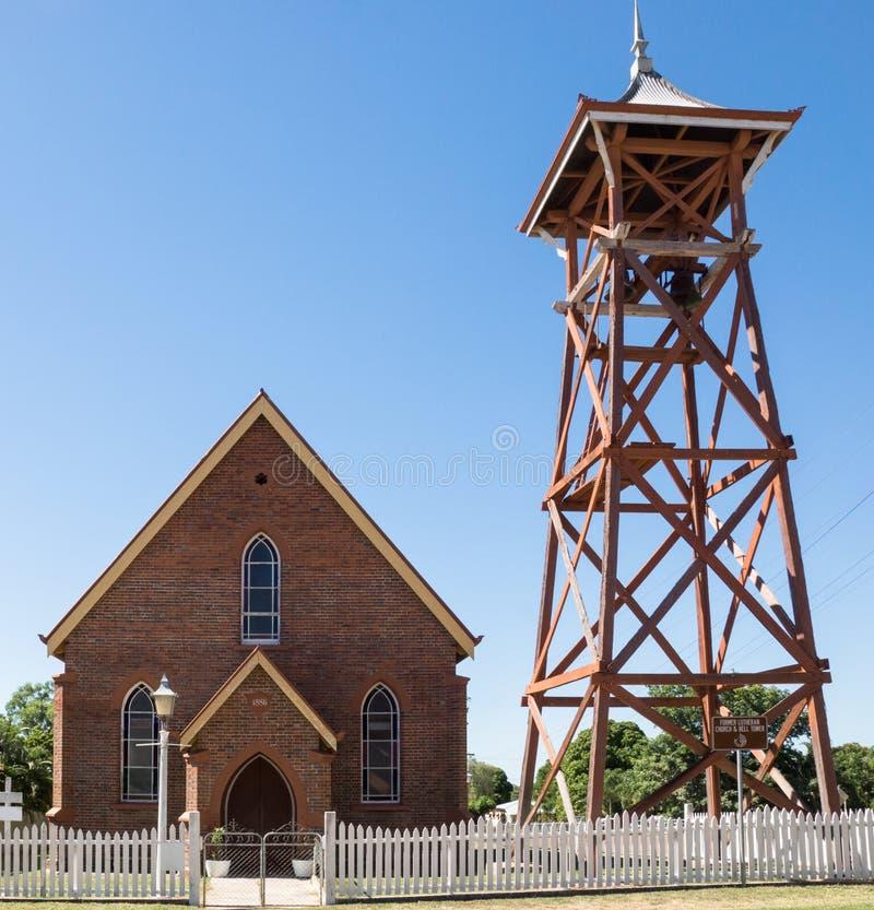 Kerk en klokketoren royalty-vrije stock foto