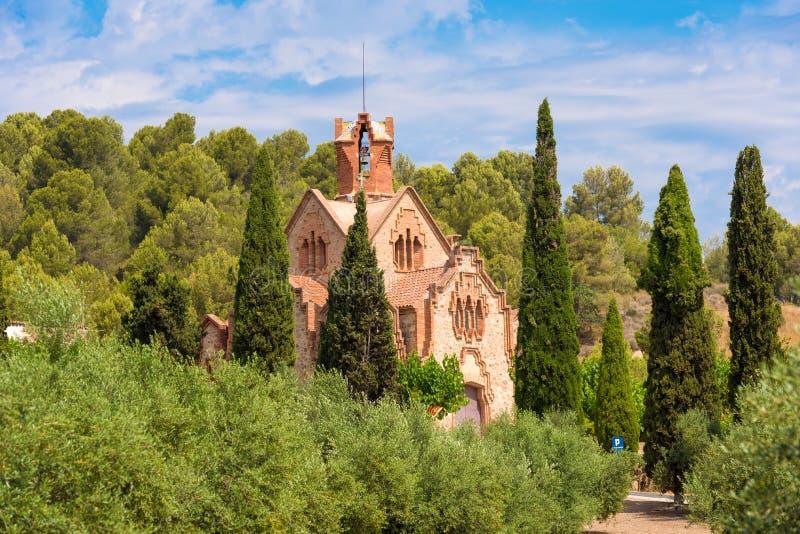 Kerk Ermita Mare de Deu de la Riera in Les Borges del Camp, Tarragona, Catalunya, Spanje Exemplaarruimte voor tekst royalty-vrije stock foto's