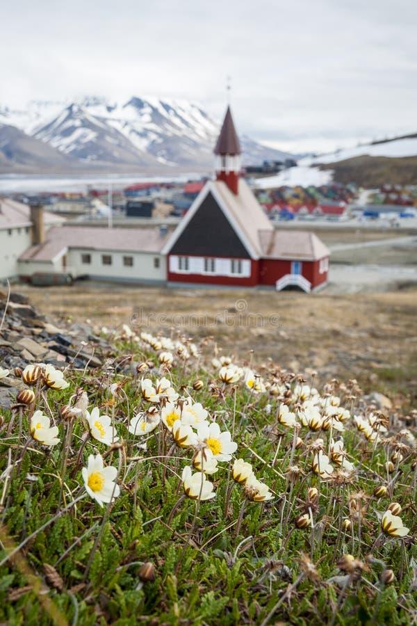 Kerk in Longyearbyen, Svalbard, Noorwegen stock afbeeldingen