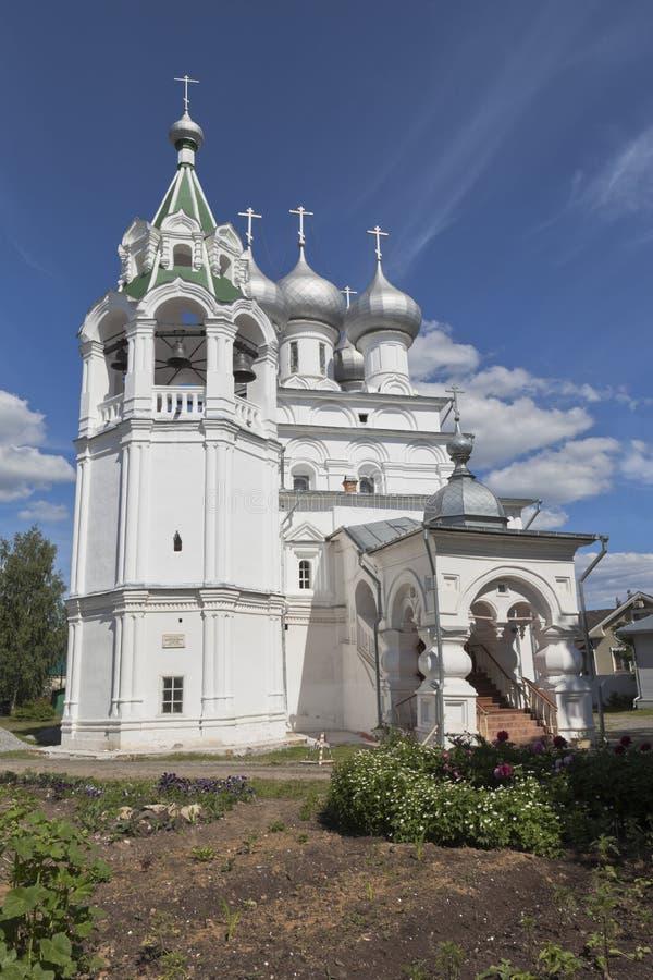 Kerk omwille van de tsaren van Heilige gelijk aan de apostelen Konstantin en Elena in Vologda stock afbeeldingen