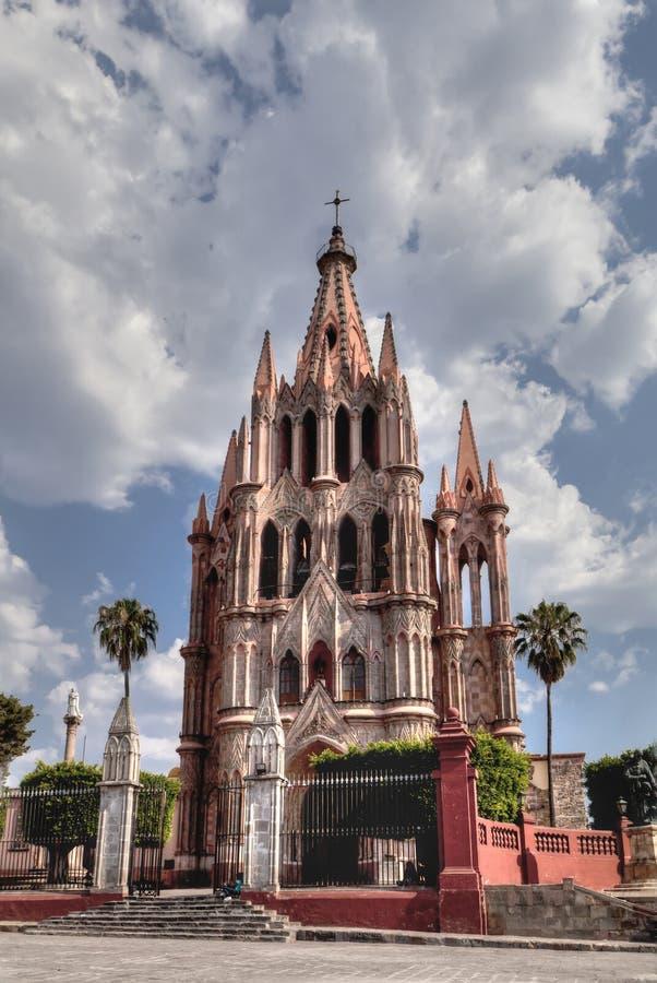 Kerk in San Miguel de Allende stock foto's
