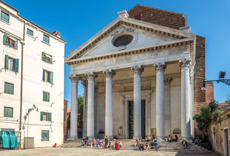 Kerk San Nicolo da Tolentino in Venetië stock foto's