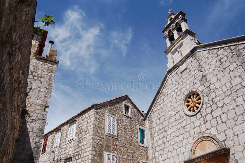 Kerk in Starigrad op eiland Hvar stock foto