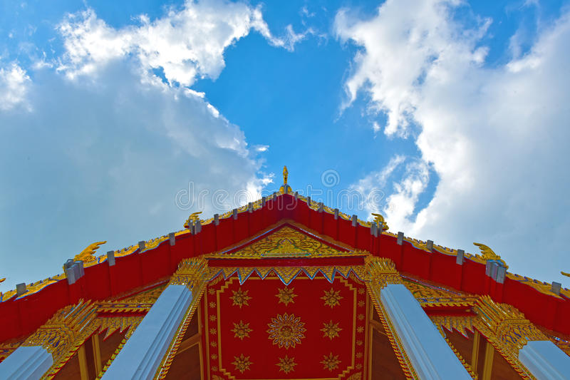 Kerk Thaise hemel stock fotografie