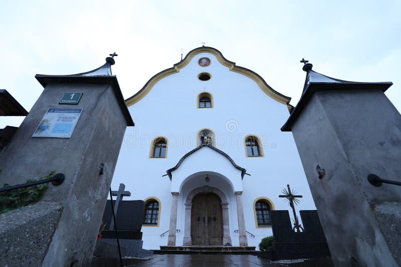 Kerk in Tirol, Oostenrijk stock fotografie