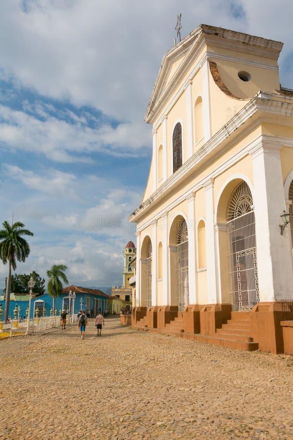 Kerk van de Heilige Drievuldigheid Stedelijke scène in Koloniale stadscitysca stock fotografie