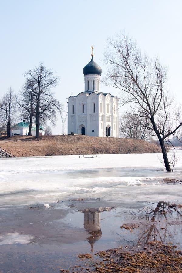 Kerk van de Interventie op de Rivier Nerl royalty-vrije stock fotografie