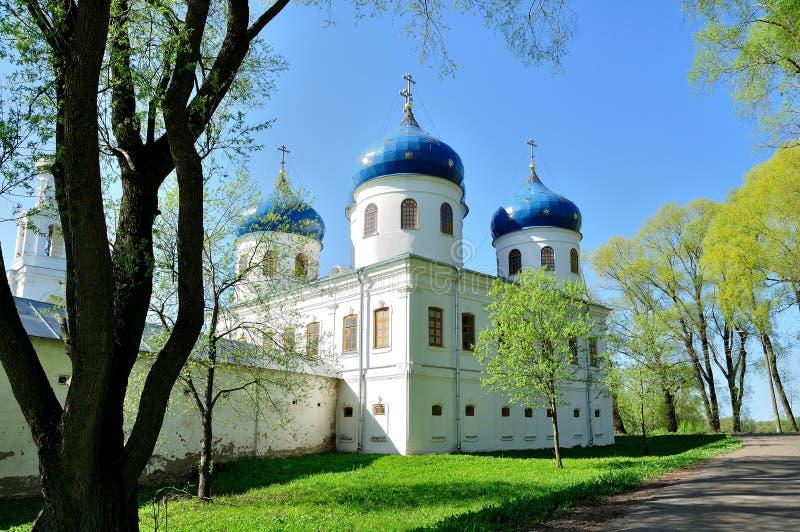 Kerk van Exhaltation van het Kruis, Yuriev-Klooster stock fotografie