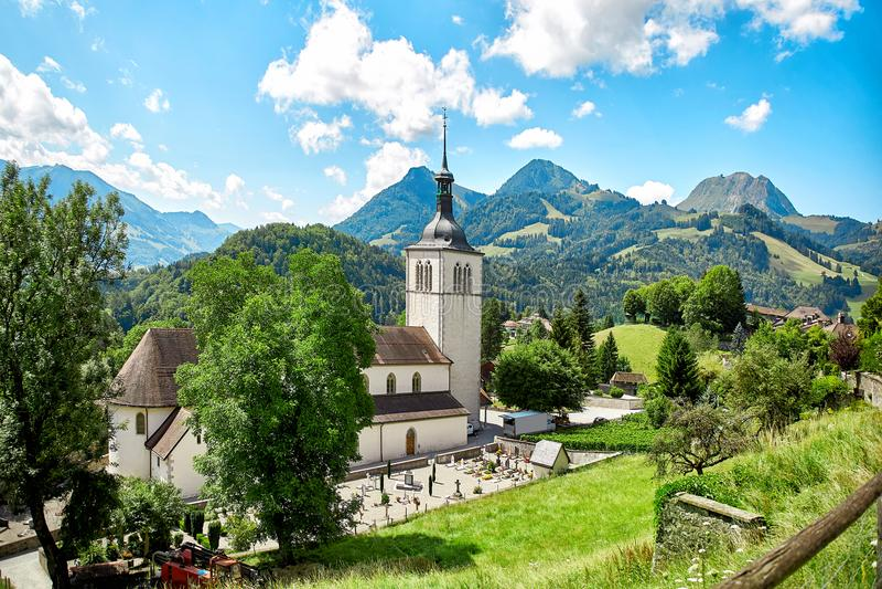Kerk van Gruyère stock afbeeldingen