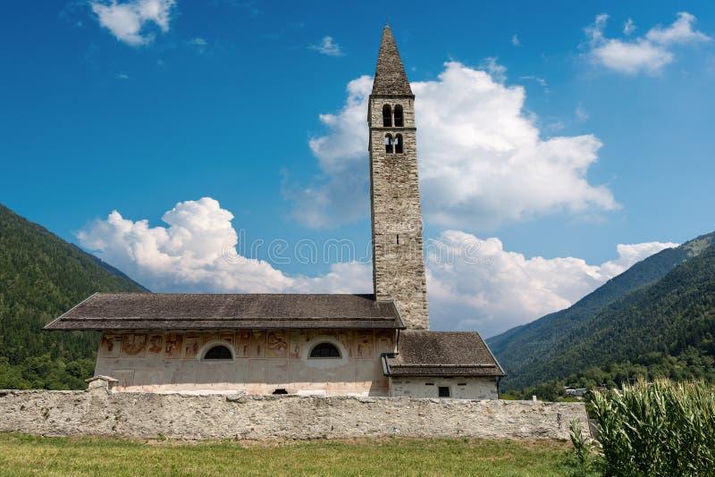 Kerk van Heilige Anthony de Abt - Pelugo Italië royalty-vrije stock afbeelding
