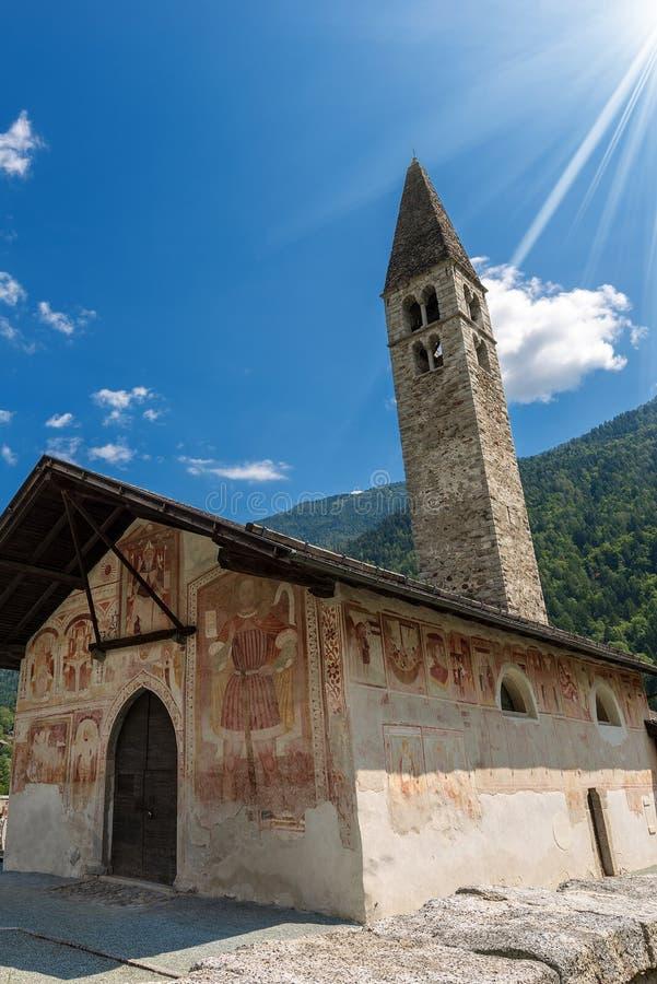 Kerk van Heilige Anthony de Abt in Pelugo Italië royalty-vrije stock foto's