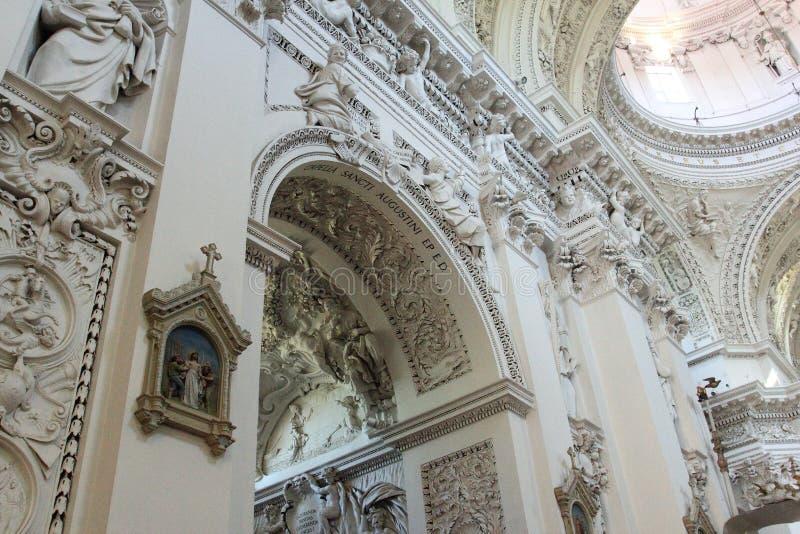Kerk van Heilige Apostelen Peter en Paul, Vilnius stock afbeeldingen