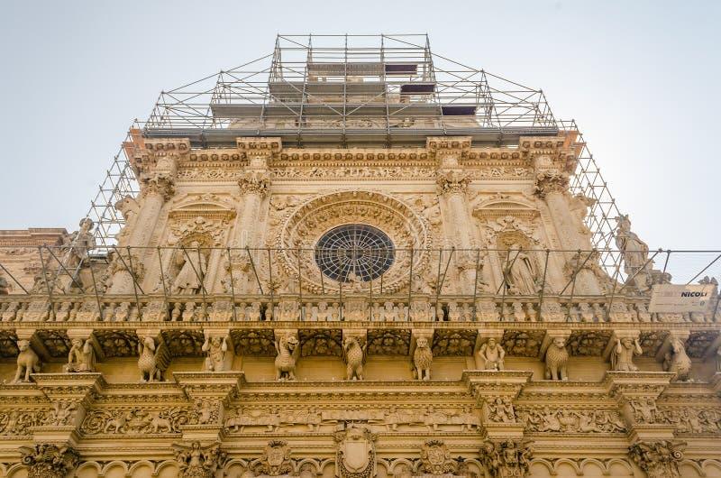 Kerk van het Heilige Kruis, voorgevel Lecce, Italië royalty-vrije stock foto