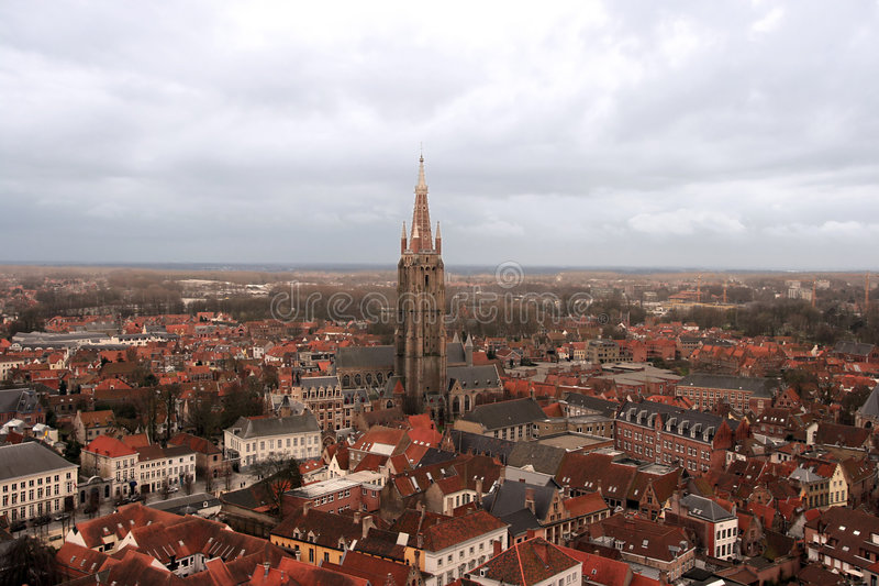 Kerk van Onze Dame in Brugge stock foto
