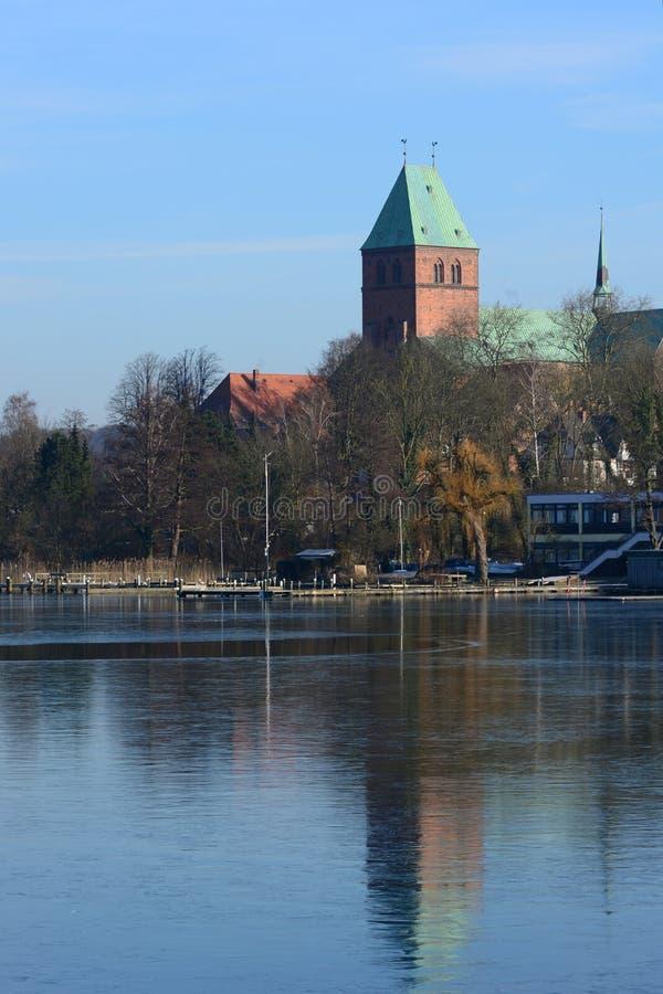 Kerk van Ratzeburg in Duitsland stock foto's