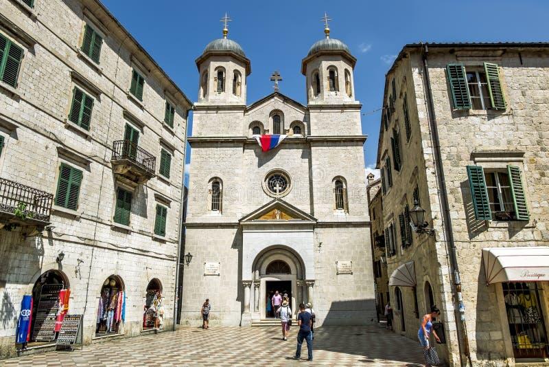 Kerk van Sinterklaas in de oude stad van Kotor montenegro stock foto's
