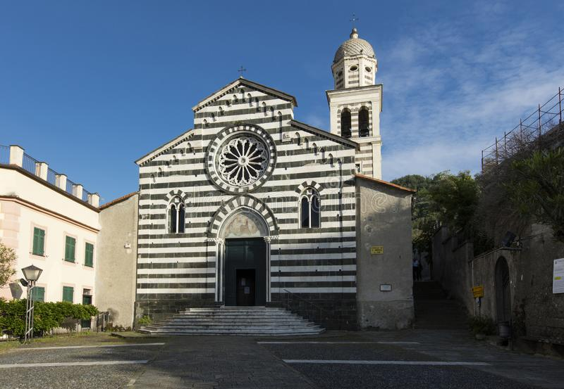 Kerk van St Andrew Chiesa di Sant Andrea - Levanto, La Spezia, Itali? - 17 Mei 2016 royalty-vrije stock foto