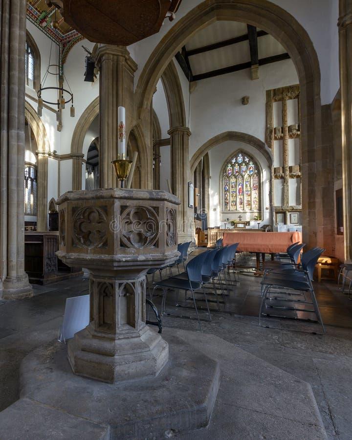 Kerk van St Cuthbert Plafond Baptist Font B royalty-vrije stock fotografie