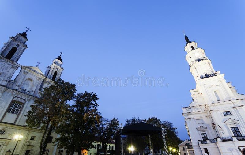 Kerk van St Francis Xavier en Stadhuis, Kaunas stock foto