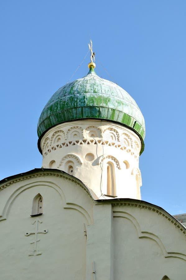 Kerk van StTheodore Stratilates op de Beek in Veliky Novgorod, Rusland stock foto