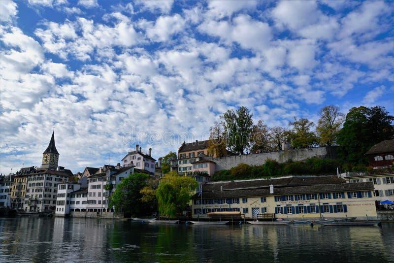 Kerk in Zürich in Zwitserland royalty-vrije stock afbeeldingen