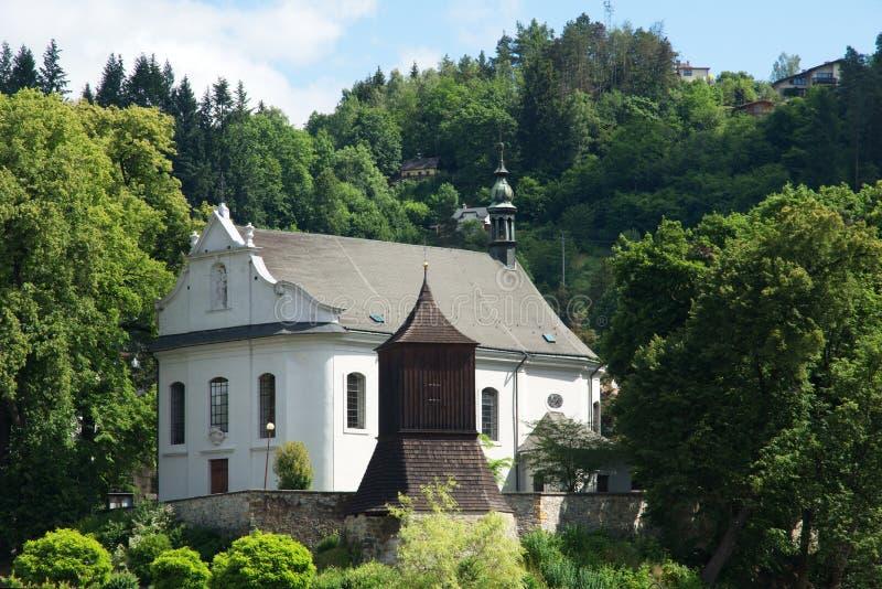 Kerk in Zelezny Brod, Tsjechische republiek royalty-vrije stock afbeelding