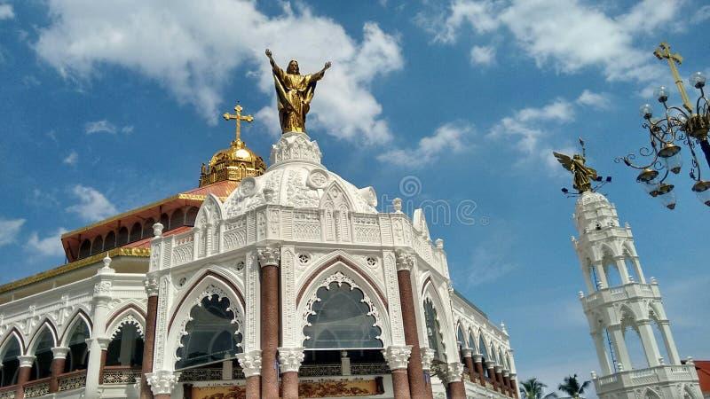 Kerkarchitectuur royalty-vrije stock afbeeldingen