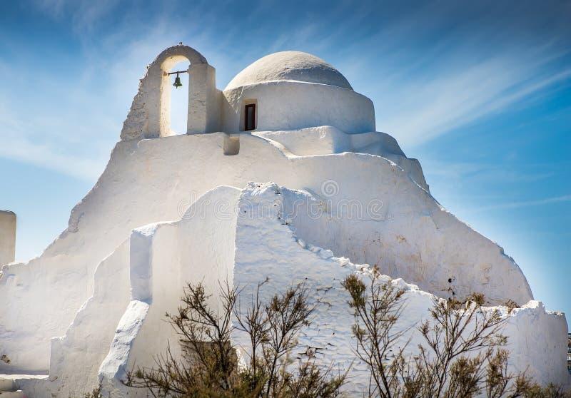 Kerken en kruisen op het Griekse eiland royalty-vrije stock foto's