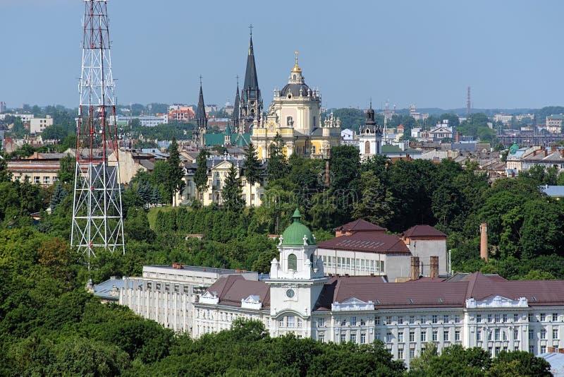 Download Kerken In Lviv, De Oekraïne Stock Afbeelding - Afbeelding bestaande uit openlucht, gotisch: 39100573