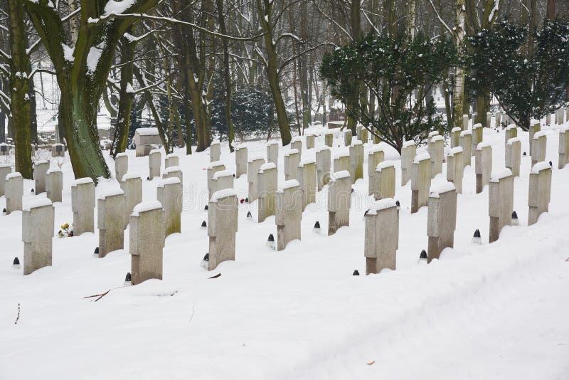 Kerkhof in de winter royalty-vrije stock afbeeldingen