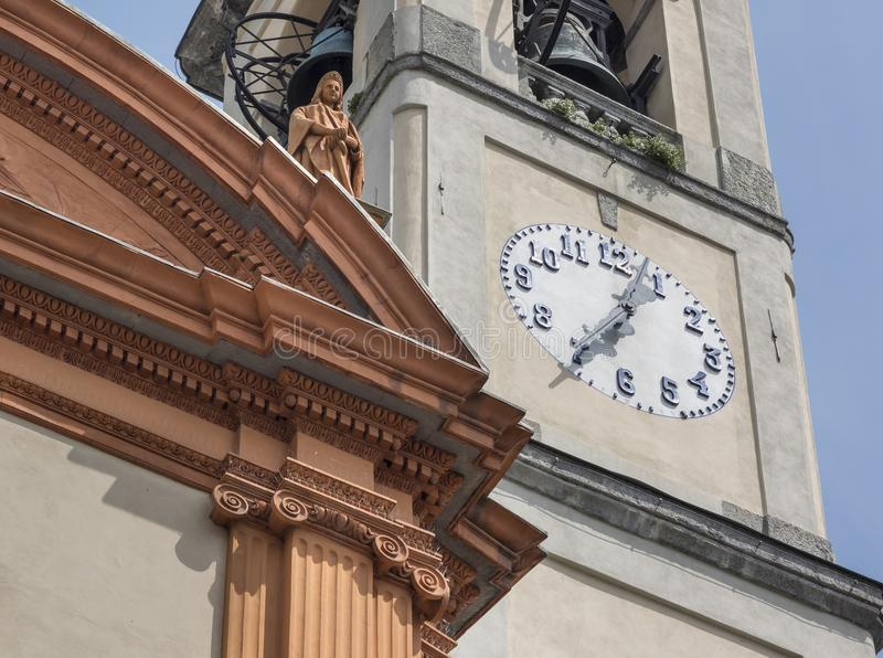 KerkKlokketoren, Meer Como, Italië stock foto's