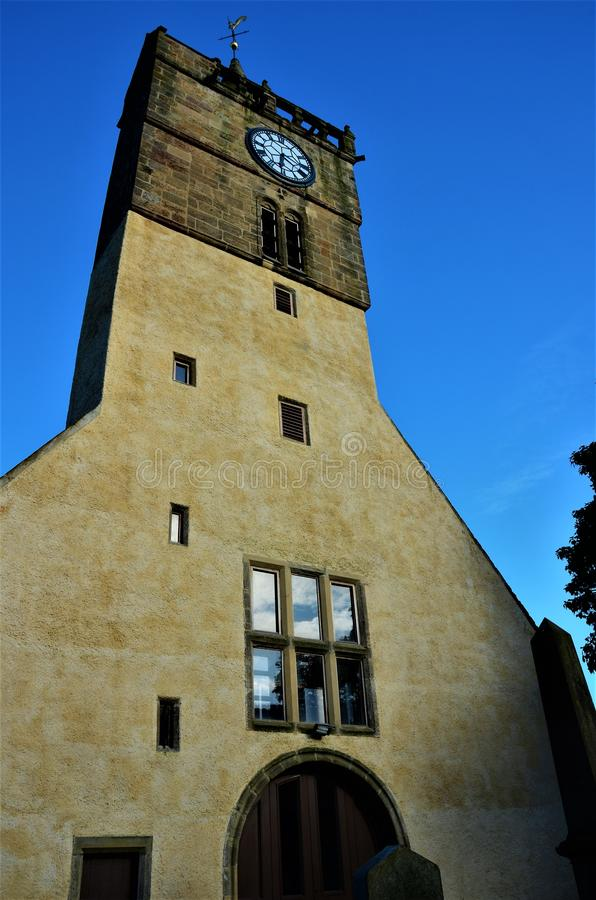 Kerktoren in de Oriëntatiepunten van Anstruther - van Fife stock afbeelding