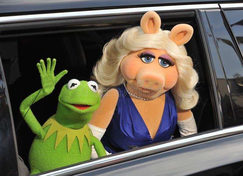 KERMIT der Frosch u. das Fräulein Piggy stockfoto