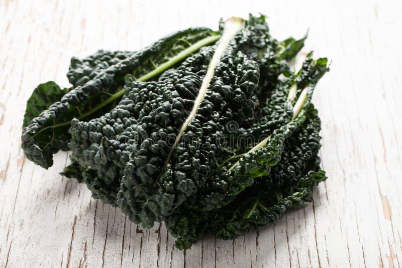 Kernachtige organische groene lacinatoboerenkool royalty-vrije stock afbeelding