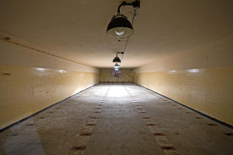 Kernkoppenbergruimte in Sovjetatoomwapenbunker royalty-vrije stock afbeeldingen