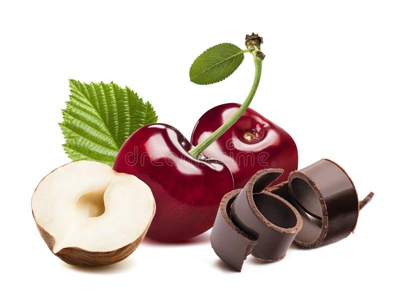 Kers, noot en chocolade op witte achtergrond wordt geïsoleerd die stock afbeelding