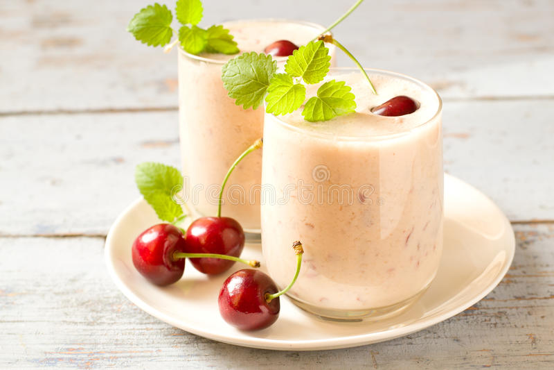 Kers smoothie stock afbeelding